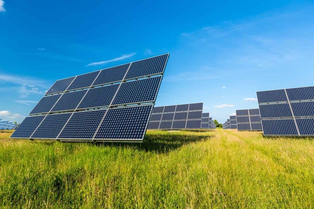 Les activités de Direct Energie : de la fourniture à la production